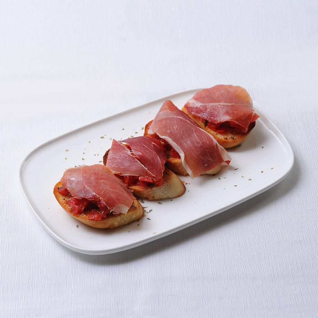 Pan con Ajo, Tomate y Jamón Serrano
